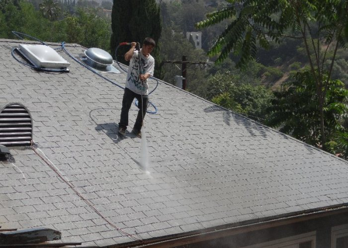 Hollywood Roof Restoration - Cleaning