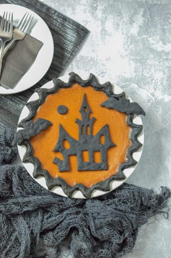 Halloween Pumpkin Pie - Partylicious