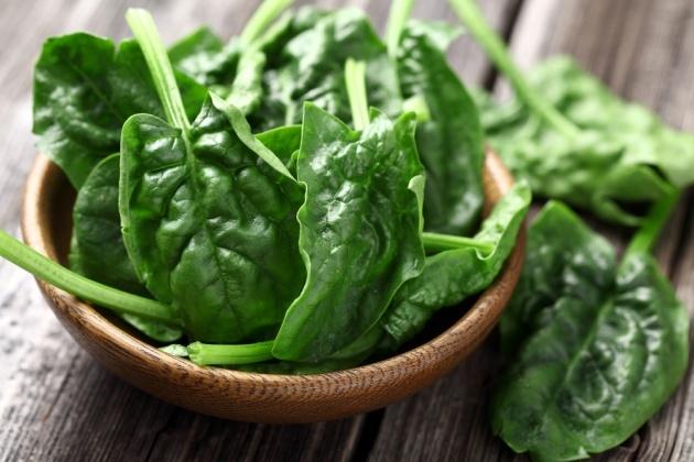 Spanacul – calitati si cateva idei de a-l introduce in dieta zilnica