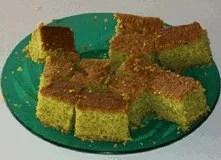 cake prepared with dried moringa leaf powder