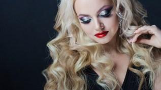 6 conseils pour avoir de beaux cheveux pendant les fêtes