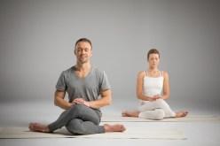 Comment gérer le stress par le yoga et la méditation