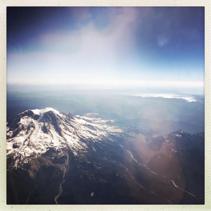 Seattle Alaska Air Mt Rainier