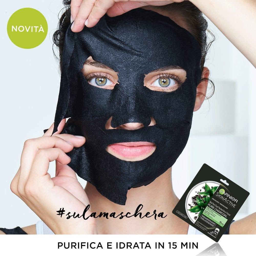 Garnier Maschera Nera in Tessuto al Carbone Pure Charcoal