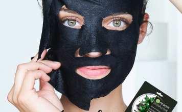 Pure Charcoal Garnier Maschera Nera in Tessuto al Carbone