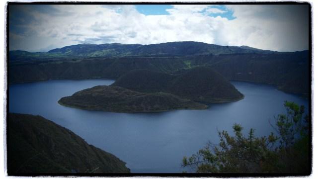 Kichwa dilinde 'Lago de Cuy' - Gine Domuzu Gölü anlamına geliyor