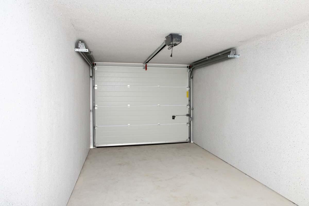 porta sezionale automatica box auto