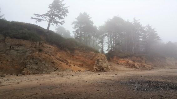 Devil's Punchbowl Oregon