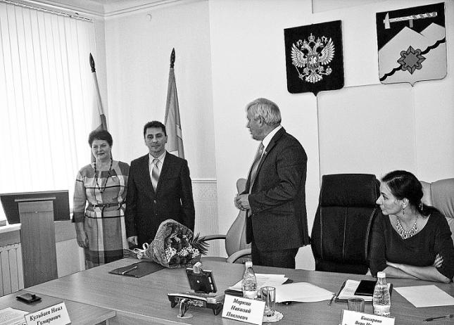 Выбор главы медногорска Дмитрия Садовенко