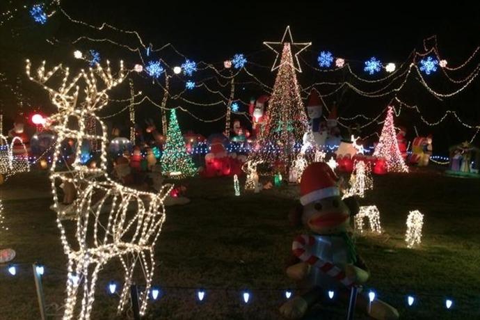 Christmas lights _-5385580443324628284