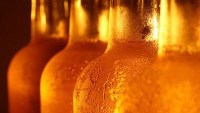 bottles-of-beer-with-condensation_20160101084003-159532