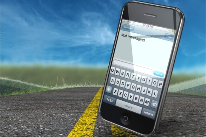 texting and driving_397219556024796164