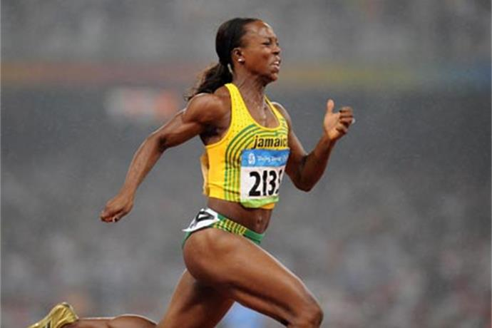 Silver medal for Campbell-Brown in 4x100m relay_8631316261393943763