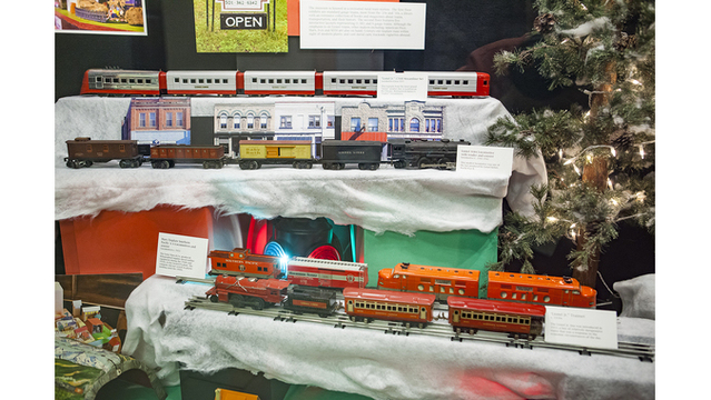 Toy Train_1544562984909.jpg.jpg