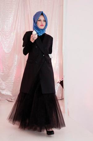 https://i1.wp.com/www.nwasianweekly.com/wp-content/uploads/2012/31_28/nation_hijab4.jpg?resize=300%2C457
