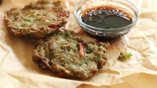 https://i1.wp.com/www.nwasianweekly.com/wp-content/uploads/2015/34_33/food_pancakes.jpg