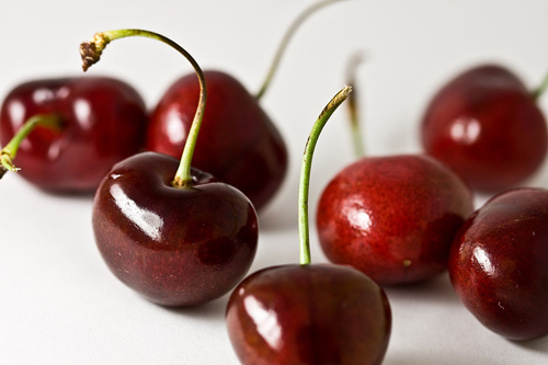 https://i1.wp.com/www.nwasianweekly.com/wp-content/uploads/2016/35_05/nation_cherries.jpg?resize=500%2C333