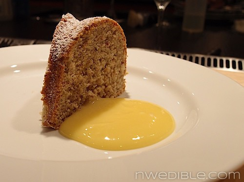 Gluten Free Almond Cake with Lemon Curd