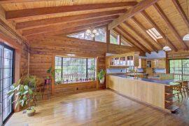 Tenino-Log-Home-dining-kitchen
