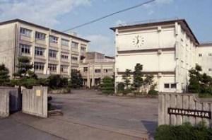 伊勢神宮花火の穴場スポット|宇治山田高校