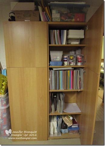 my craft room bookshelf