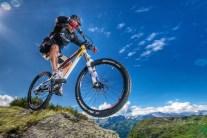 Mountain Biking 101: Hardtail or Full Suspension?