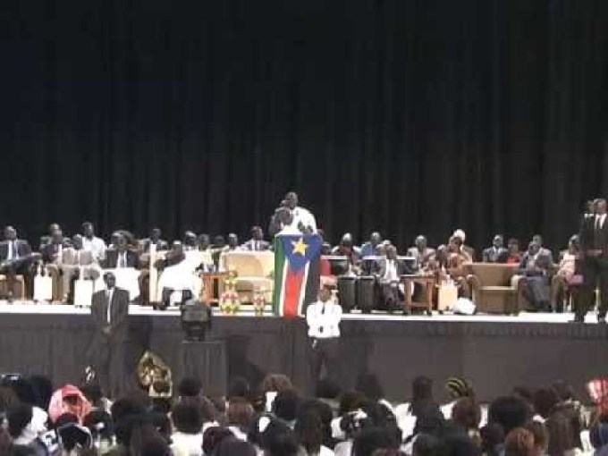 Dr. Riek Machar Teny briefs more than 5 thousands South Sudanese on peace in Omaha Nebraska, USA, before his return to Juba in 2016(Photo: file)