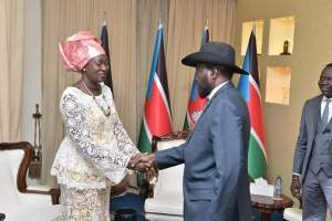 South Sudan Minister of Gender, Child and Social Welfare Awut Deng, left, shakes hand with President Kiir, right, at the State House in Juba on Thursday, December 20th 2018 (Photo credit: supplied/Nyamilepedia)
