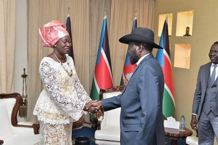 South Sudan Minister of Gender, Child and Social Welfare Awut Deng, left,  shakes hand with President Kiir, right,  at the State House in Juba on Thursday, December 20th 2018 (Nyamilepedia)