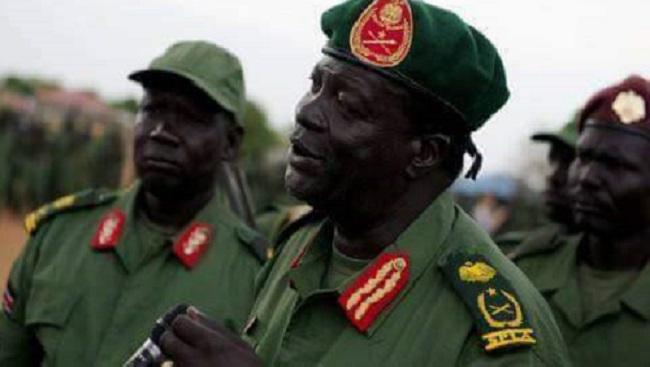Gen. James Koang Chuol Ranley and SPLM/A-IO overall division 2B commander, Maj. Gen. Mabieh Gar(Photo credit: file/Nyamilepedia)