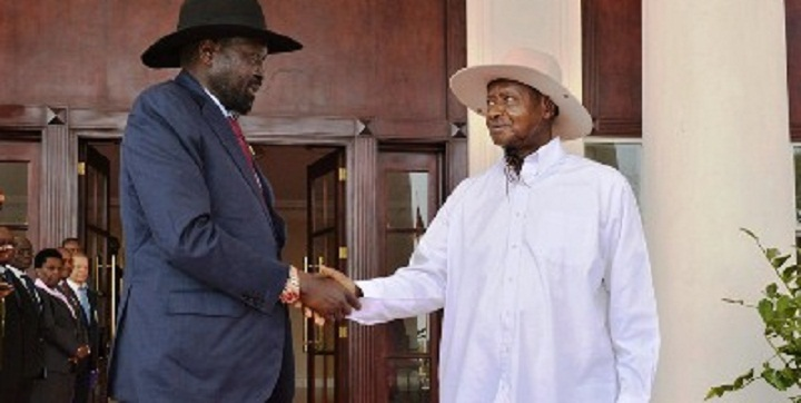 South Sudan President Salva Kiir Mayardit, left, meeting Ugandan President Yoweri Museveni, right, in Kampala (File/Supplied/Nyamilepedia)