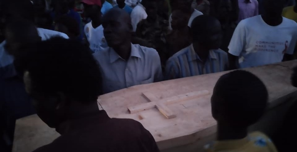 General Nhial Bol's body being laid to rest in Rubkona on Tuesday, August 11, 2020 (Photo credit: supplied)