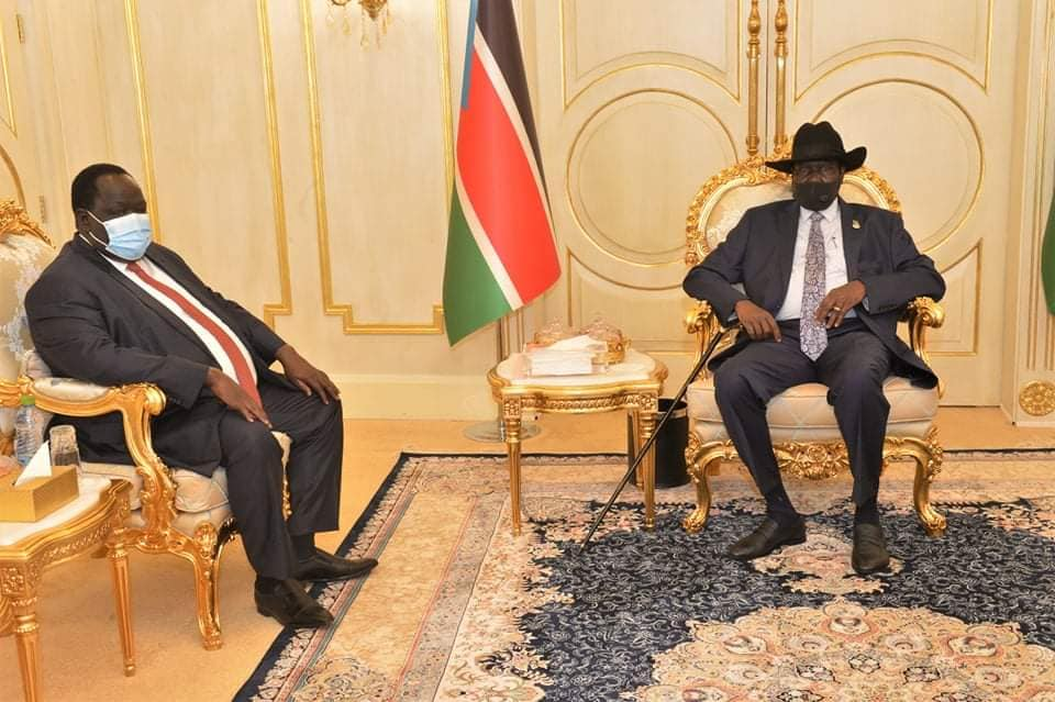 Presidential Advisor on Security Affairs, Tut Gatluak meeting President Kiir on the Sudan peace and final status of Abyei(Photo credit: OoP/Nyamilepedia)