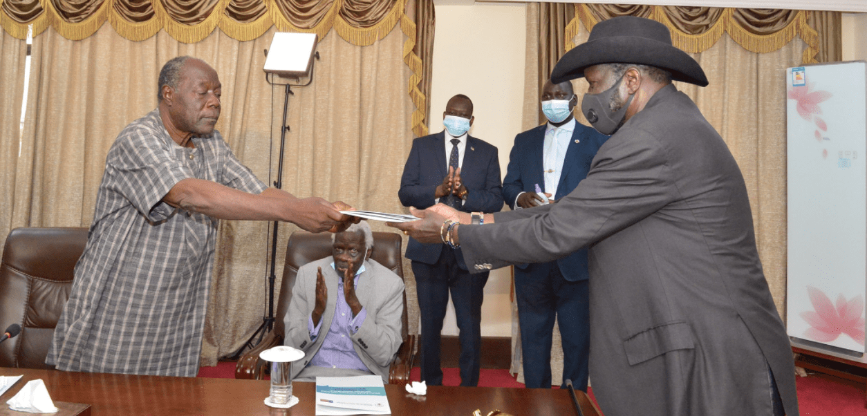 Hon. Angelo Beda handling over the Steering Committee Report of the National Dialogue to President Kiir on Monday, May 10th, 2021 at J1(Photo credit: J1/Nyamilepedia)