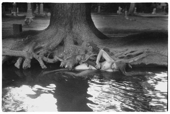 Francesca Woodman: Untitled, Boulder, Colorado 1976.jpg