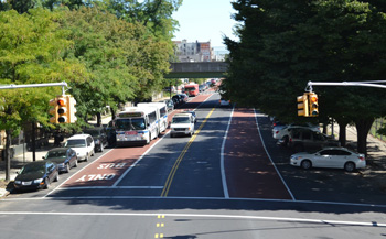 Offset bus lanes