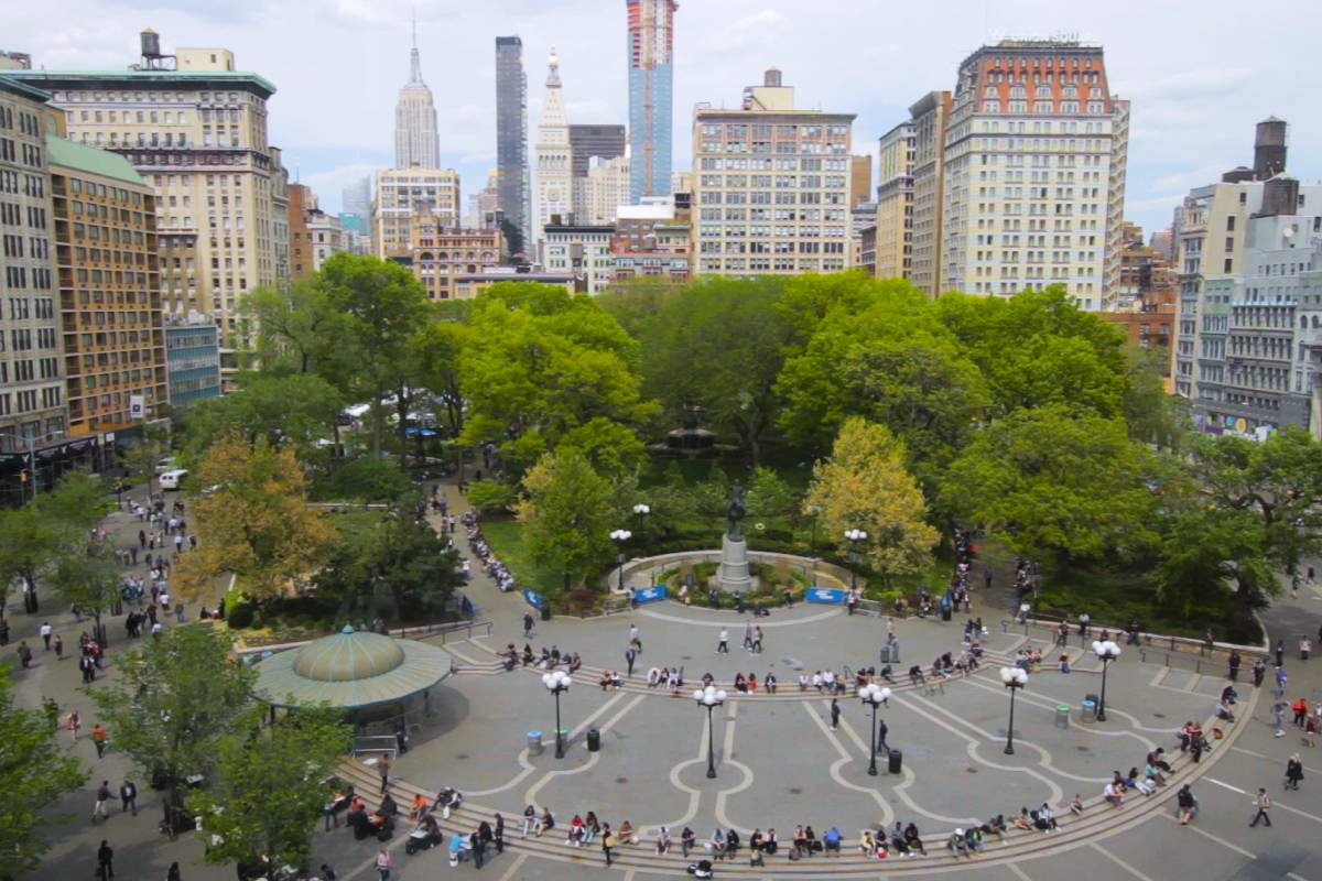 Union Square The Official Guide To New York City