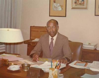 Dr. Dumpson at his desk.