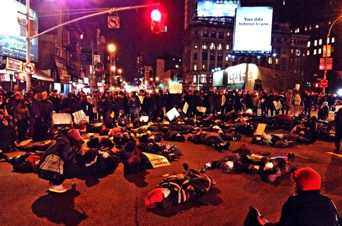 Die-in at Canal and Thompson Streets