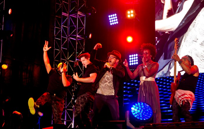 TobyMac closes out Luis Palau CityFest. Photo: Pauline Dolle/A Journey through NYC religions