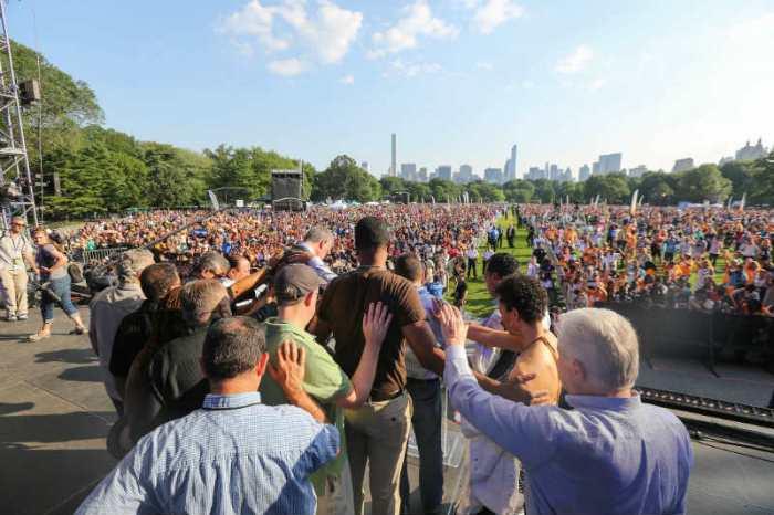 Prayer over Mayor