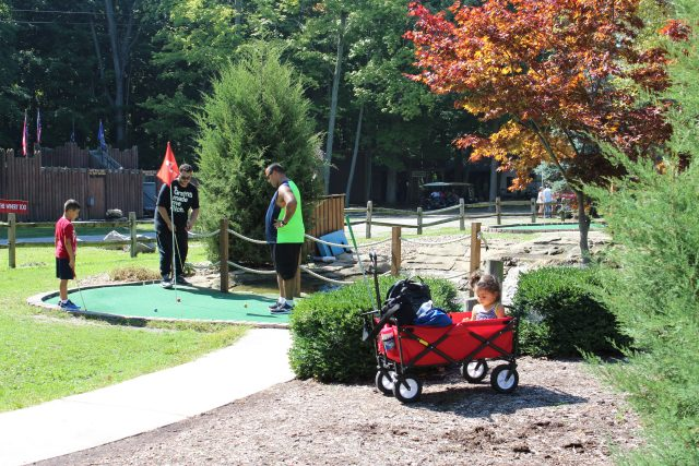 Miniature Golf at Perry's Cave