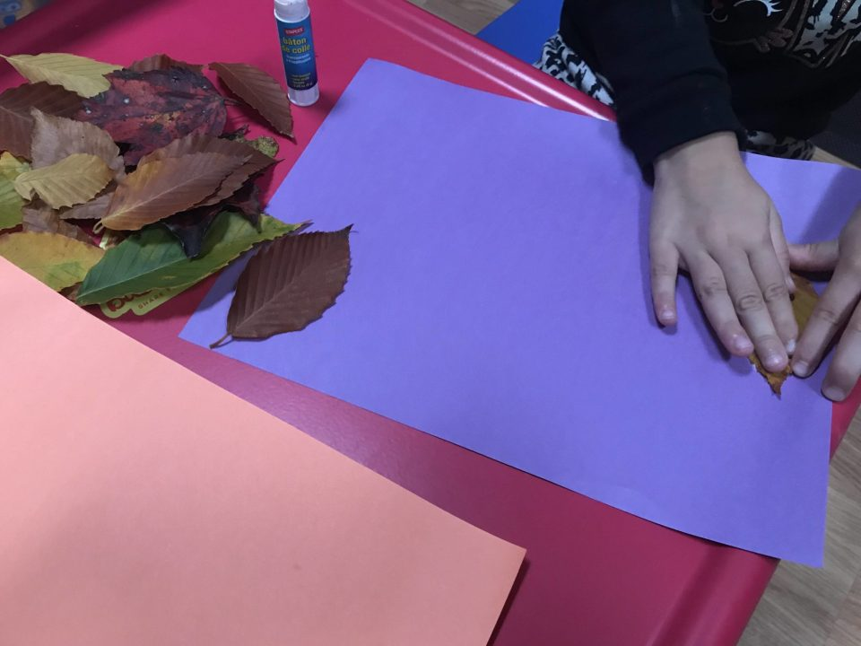 Play with your kids - make these leaf creations!
