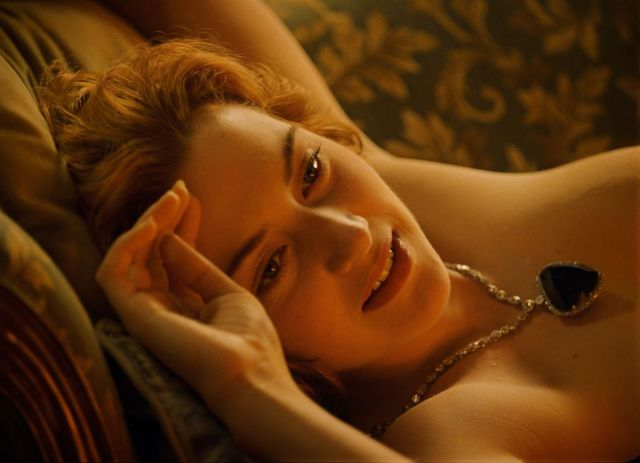 Kate Winslet Says Nude Titanic Scene Still Haunts Her 17 Years After Films Release