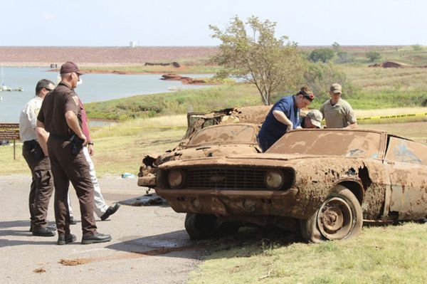 Sixth body discovered in decades-old cars recovered from ...