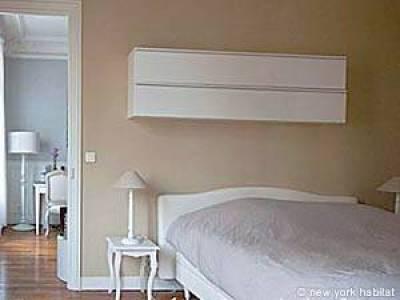 Paris 1 Bedroom apartment - bedroom (PA-4192) photo 8 of 8