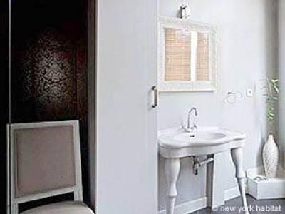 Paris 1 Bedroom apartment - bathroom 1 (PA-4192) photo 3 of 3