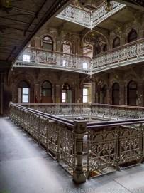 beekman-atrium-abandoned-117