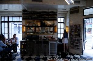 restaurant-bar-location-100020
