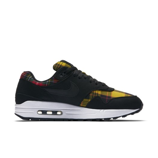 "Nike Women Air Max ""Tartan"" Pack / Available in-store only / Price: SGD219 (Air Max 1), SGD249 (Air Max Plus), SGD259 (Air Max 97)"